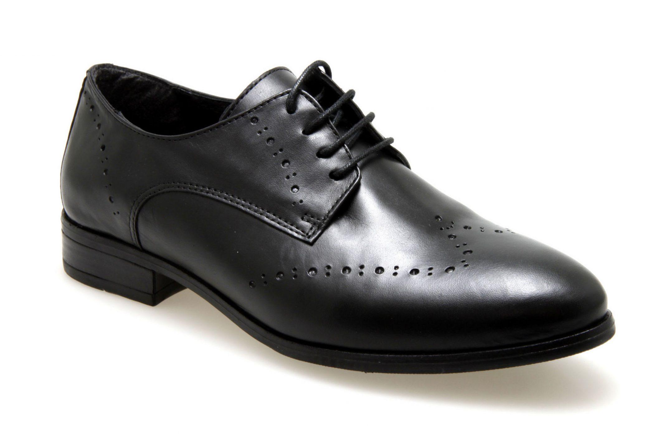 Derby chaussure, se sentir bien tout en étant plus chic qu'en baskets