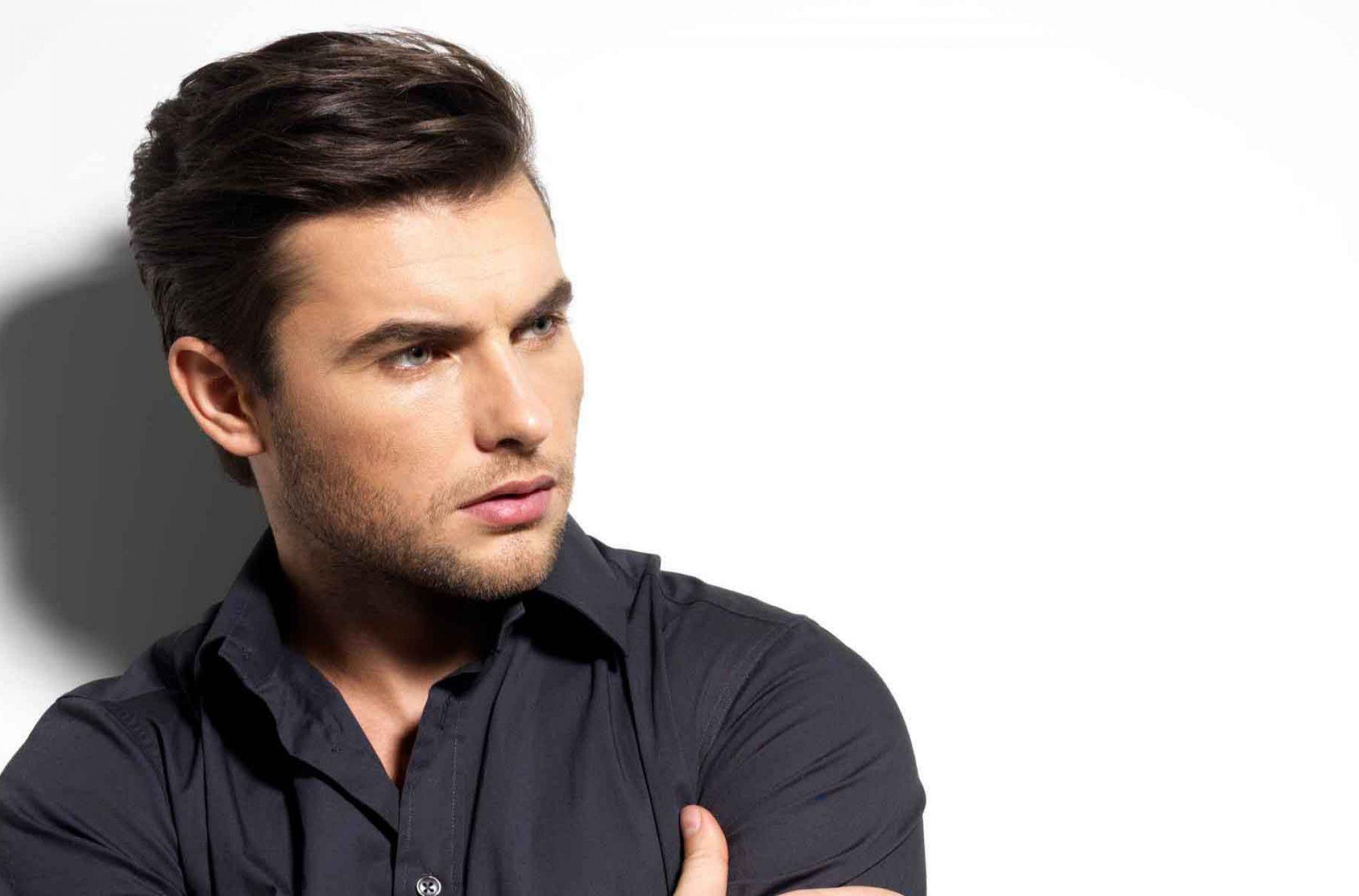 coiffure homme comment se coiffer cette ann e pour tre tendance. Black Bedroom Furniture Sets. Home Design Ideas