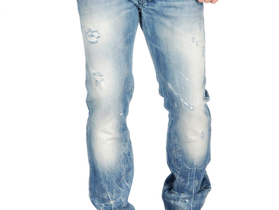 Jean diesel, avec un polo ou une chemise