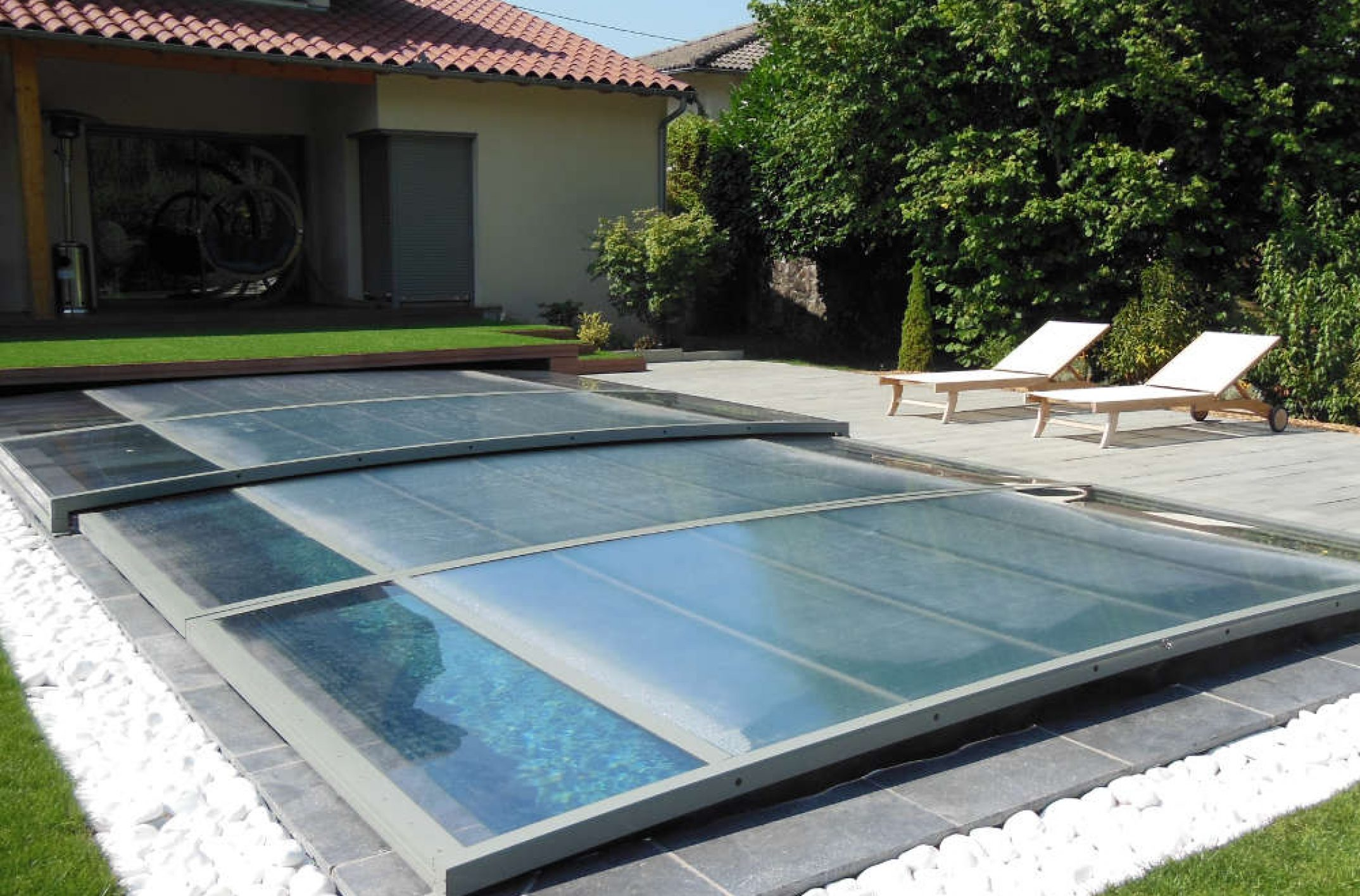 Comment faire une piscine pas cher for Piscine arc 1800